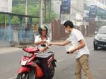 Ada Bencana Kabut Asap, Hutama Karya Bagikan 1.000 Masker