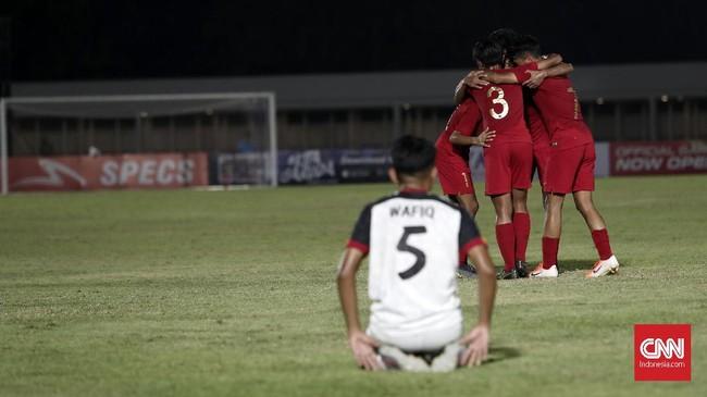 Juara grup dan runner up terbaik di masing-masing grupberhak melaju ke putaran final Piala Asia U-16 2020. (CNNIndonesia/Safir Makki)