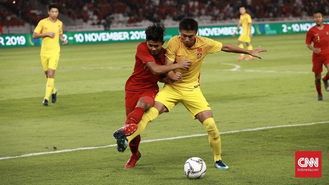 Timnas Indonesia U-16 menghadapi China pada laga terakhir babak kualifikasi Piala Asia 2020 di Stadion Madya, Minggu (22/9). (CNN Indonesia/Andry Novelino)