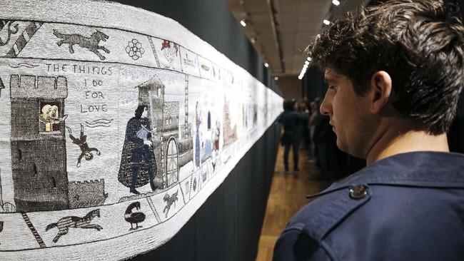FOTO : Menonton 'Game Of Thrones' di Tembok di Prancis