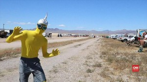 VIDEO: 'Serangan' ke Area 51 Berubah Jadi Festival Alien