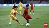 Meski mendapatkan sejumlah peluang untuk mencetak gol, TImnas Indonesia U-16 harus puas mengakhiri babak pertama dengan skor imbang tanpa gol. (CNN Indonesia/Andry Novelino)