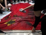 Aksi Protes Hong Kong Berlanjut, Pendemo Bakar Bendera China