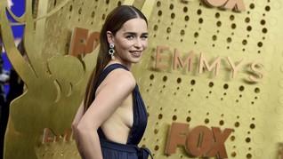 FOTO: Selebriti dengan Busana Terbaik di Emmy Awards 2019