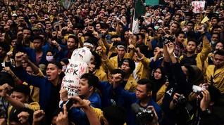Aksi Mahasiswa, Ketukan Jari di Medsos Berujung Jadi Aksi