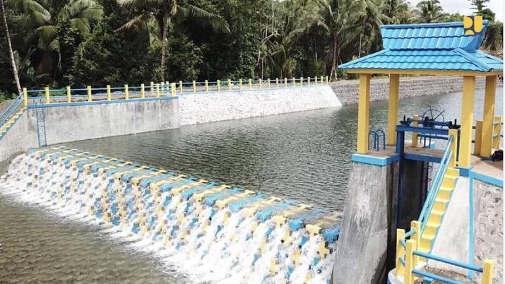 Presiden Joko Widodo (Jokowi) memamerkan bendung Sungai Gugubali di Pulau Morotai, Maluku Utara, melalui akun Instagram miliknya @jokowi, Senin (23/9/2019).