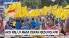 VIDEO: Aksi Unjuk Rasa Depan Gedung KPK