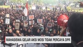 VIDEO: Mahasiswa Gelar Aksi Mosi Tidak Percaya DPR