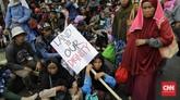 Sekjen Konsorsium Pembaruan Agraria (KPA) Dewi Kartika menyampaikan Jokowi terkejut dengan fakta bahwa tak ada satu sejengkal pun lahan dari program Reforma Agraria yang telah dibagikan kepada petani.(CNN Indonesia/Adhi Wicaksono)