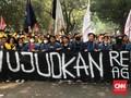 Ribuan Mahasiswa Palembang Blokir Jalan depan Gedung DPRD