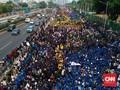 Mahasiswa Terus Berdatangan, Gedung DPR Disemuti Lautan Massa