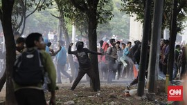 Razia, Polisi Tangkap 8 Siswa Pelaku Tawuran di Mal Depok