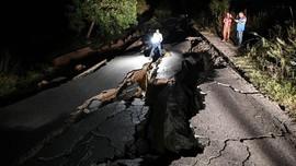 FOTO: Puluhan Orang Tewas akibat Gempa di Pakistan