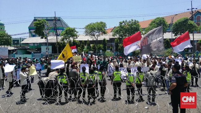 Ribuan Orang Diklaim Ikut Aksi #SurabayaMenggugat