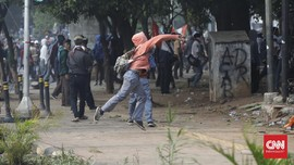 Polisi Imbau Massa Pelajar Bubar, Pegawai DPR Ingin Pulang