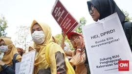 RUU PKS, Para Wanita Demo DPRD di Bandung dan Palembang