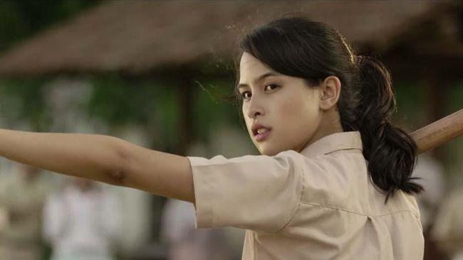 Janji Ainun Muda ke Habibie di Trailer 'Habibie & Ainun 3'