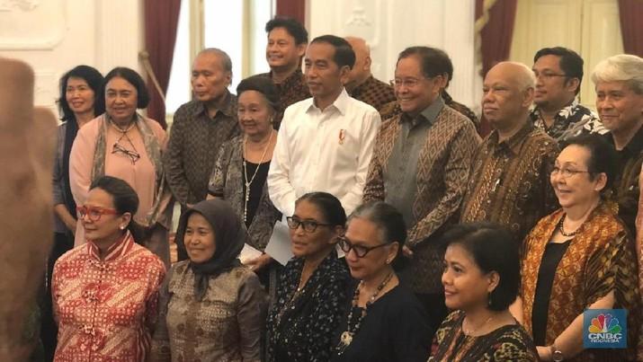 Presiden Joko Widodo (Jokowi) baru saja mengumpulkan sejumlah tokoh bangsa dari berbagai elemen di Istana Kepresidenan