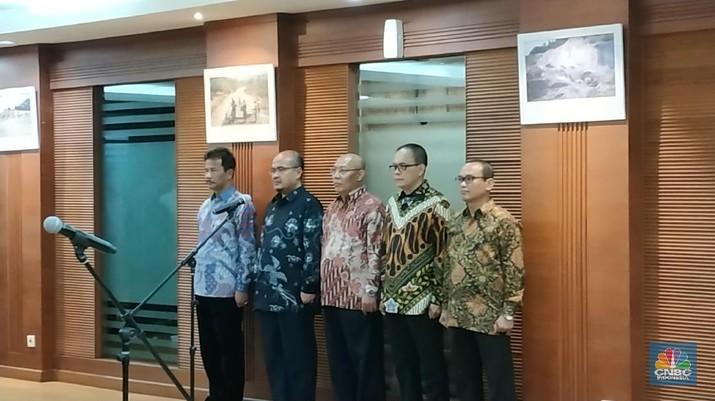 Persoalan perizinan jadi fokus yang harus dibenahi oleh para pejabat BP Batam.