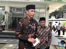 Ditanya Soal Penangkapan Aktivis, Jokowi Milih Diam