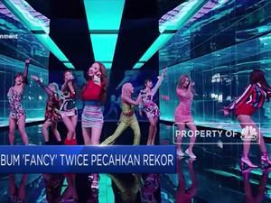 Wah! Album Fancy Twice Laku Keras di Amerika Serikat