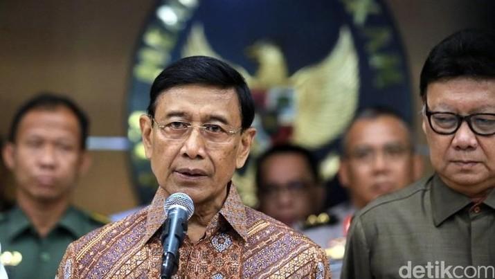 Wiranto mengomentari kematian dua mahasiswa di Kendari.