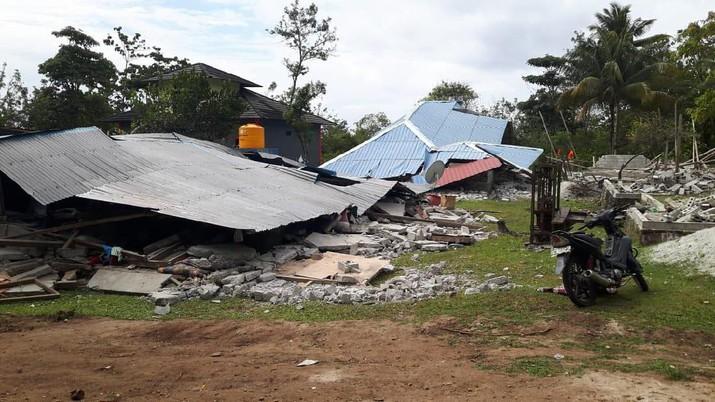 Berdasarkan situasi lapangan, beberapa kebutuhan berupa makan dan non-makanan mendesak diperlukan selama penanganan darurat.