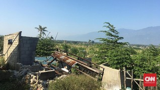 Setahun Tsunami Palu: Rumah Tenggelam dan Api dalam Tanah