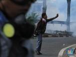 Demo Rusuh! Orang Kejebak di Mal & Bikin Resah Pengusaha