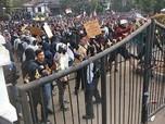 Sempat Tertib, Demo di Depan Gedung DPRD Jabar Juga Ricuh