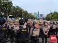 Ditangkap di DPR, Seorang Pemuda Mengaku Hanya 'Foto-Foto'