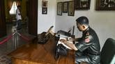 Namun nahas, tragedi tersebut justru merenggut nyawaputri Jenderal Nasution Ade Irma Suryani, dan ajudannya Lettu Pierre Tendean.