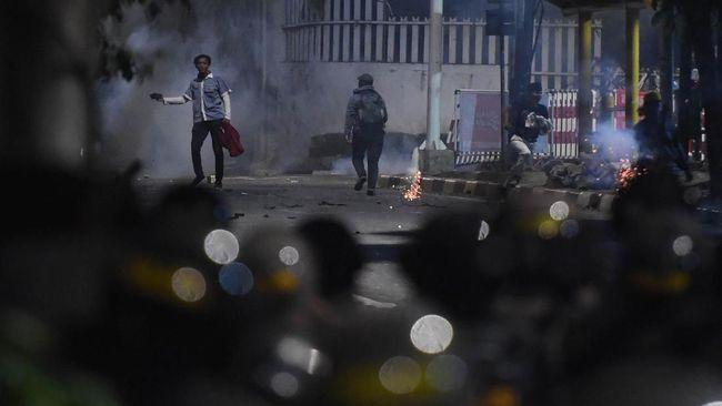 Polisi Buru Penculik dan Penganiaya Ninoy Karundeng Saat Demo
