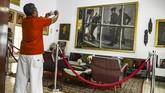Sebelum menjadi museum, tempat ini merupakan kediaman Jenderal Ahmad Yani yang saat itu menjabat Panglima Angkatan Darat RI.