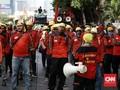 Massa Buruh di Gedung DPR Minta Bertemu Puan Maharani