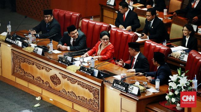 DPR Bentuk Alat Kelengkapan Dewan Sebelum Kabinet Baru Jokowi