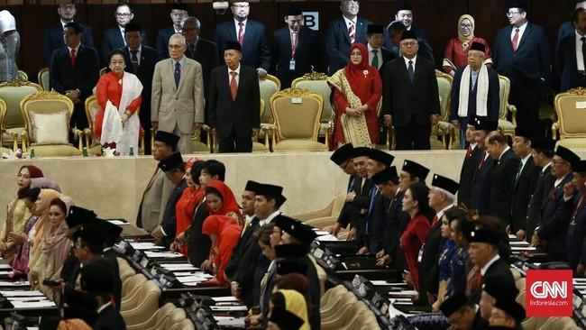Suasana di ruang pelantikan anggota MPR RI , DPR RI dan DPD. Jakarta. (CNN Indonsia/Andry Novelino).