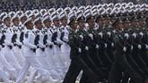 Pawai ini dilaporkan menjadi salah satu parade militer terbesar sepanjang sejarah China. (AP Photo/Ng Han Guan)