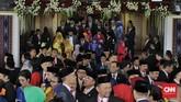 Sejumlah pejabat negara dan tokoh politik menghadiri pelantikan anggota DPR 2019-2024. Mulai dari Megawati Soekarnoputri, Kepala BIN Budi Gunawan, Wakil presiden Jusuf Kalla. (CNN Indonesia/ Adhi Wicaksono).