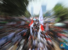 Jurus Sakti Buruh yang Bikin Jokowi Mau Revisi Aturan UMP