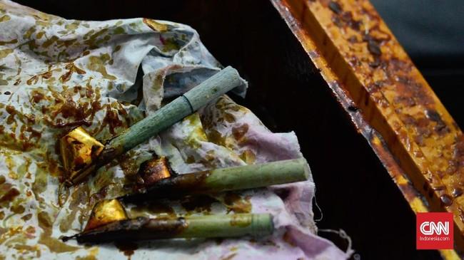 Tradisi batik di Nusantara sendiri diyakini dimulai sejak masa Kerajaan Majapahit. Beberapa catatan juga menyebut, perkembangan tradisi batik meluas seiring dengan penyebaran ajaran Islam di Pulau Jawa. (CNN Indonesia/Daniela Dinda)