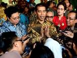 Jokowi 'Dicintai' Negara Lain, Luhut Heran Kok RI Banyak Demo