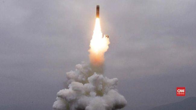 Rusia Operasikan Rudal Hipersonik Avangard