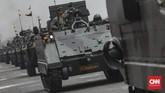 Kekuatan pasukan defile dan alutsista terdiri dari Defile POM TNI (48 Personel dan 24 Unit Alutsista), Defile Matra Darat (1.172 Personel dan 415 Unit Alutsista), Defile Matra Laut (522 Personal dan 116 Unit Alutsista), Defile Matra Udara (259 Personal dan 58 Unit Alutsista). (CNN Indonesia/Bisma Septalisma)