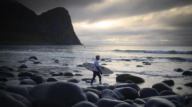 Teluk Unstad, Destinasi Surfing di Lingkar Arktik