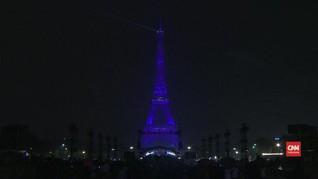 VIDEO: Bulan Kanker Payudara, Eiffel 'Berubah' Jadi Pink