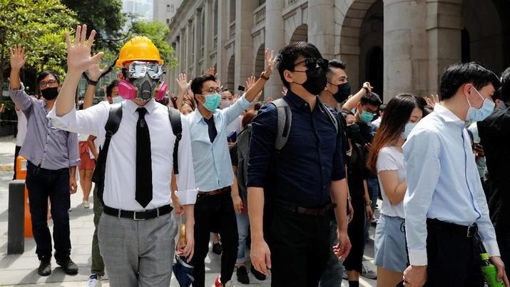 Hong Kong Kembali Panas Karena Aturan Penanganan Darurat Demo