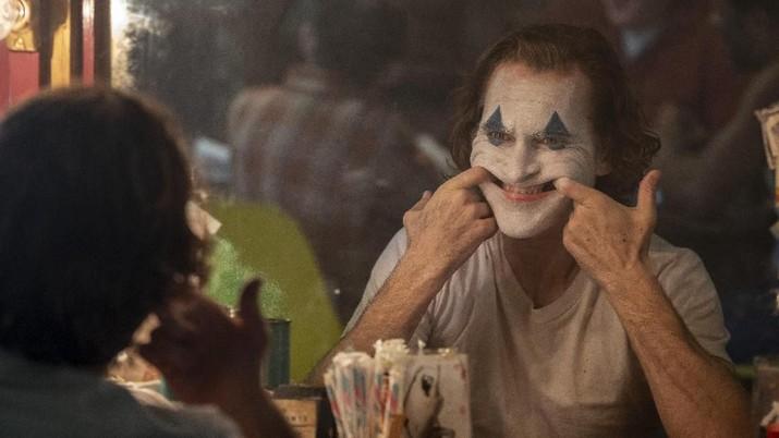 Siapa sangka, Joker meraih US$ 93,5 juta atau Rp 1,3 triliun pada akhir pekan pembukaannya.