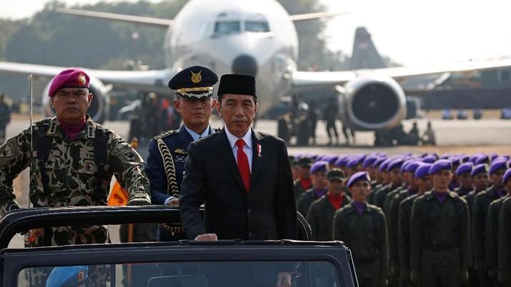 Presiden Joko Widodo mengaktifkan kembali posisi Wakil Panglima TNI
