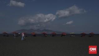 Masuk Lorong Waktu di Pantai Boom Banyuwangi